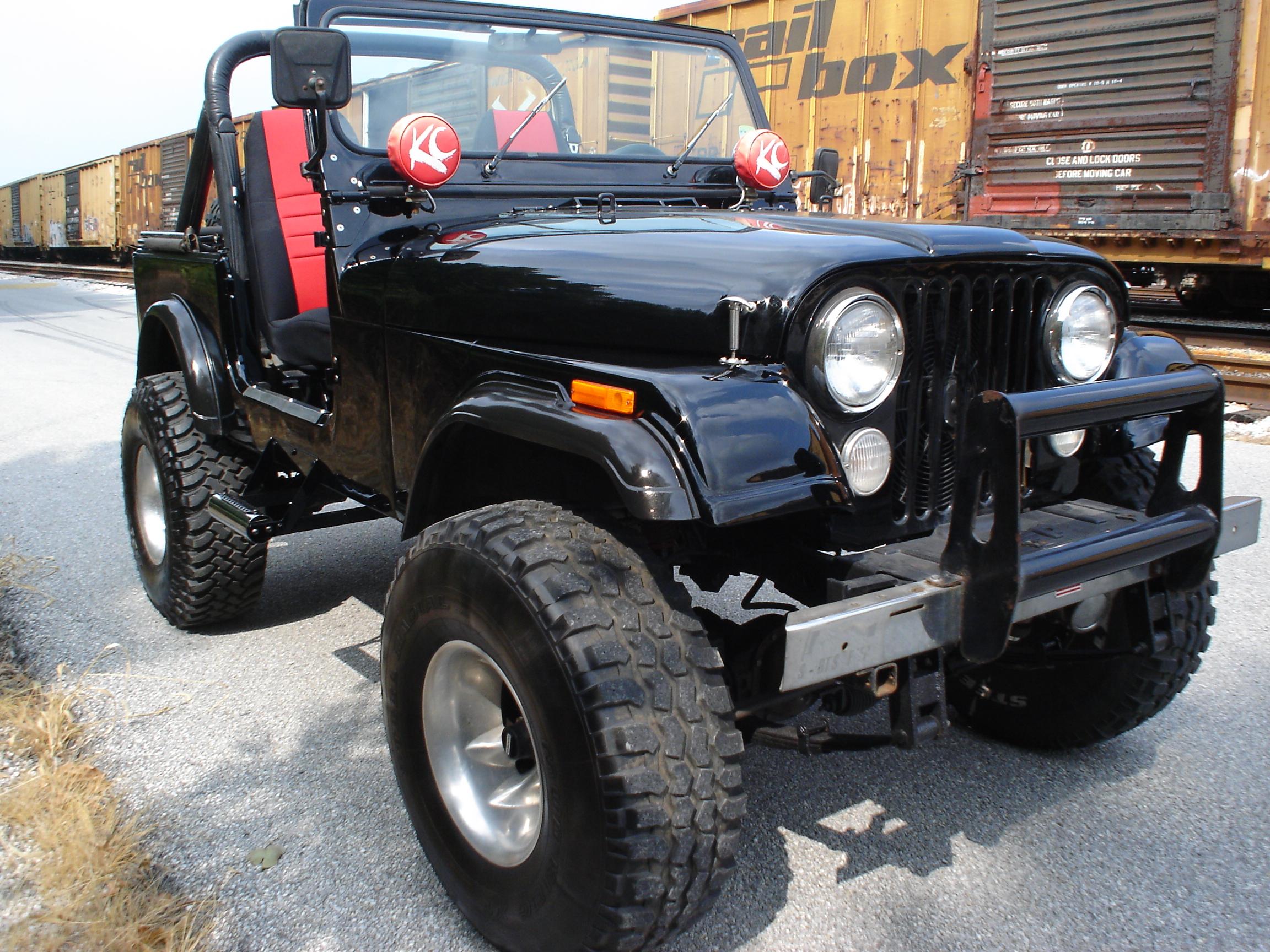 84 Jeep CJ7  JJV Customs